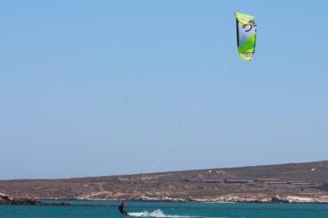 kiteboarding-lagoon-langebaan