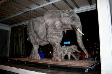 elephant-sized-cake